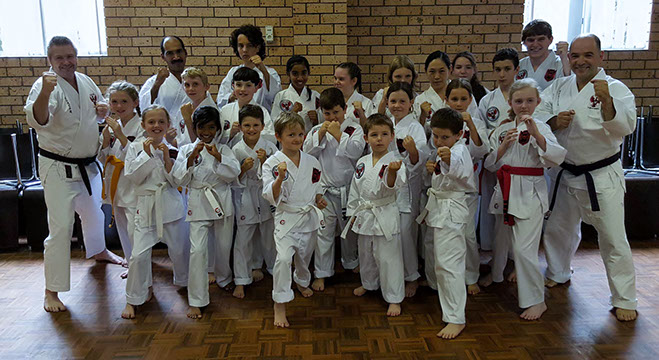 Kids Karate Classes at Kan Zen Ryu Karate Figtree with instructor Tyraus Farrelly